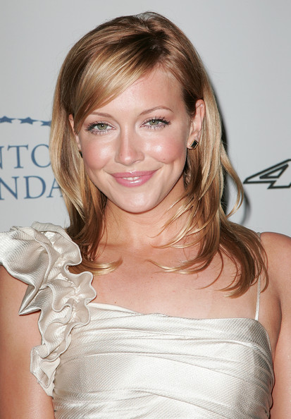 Katie Cassidy Hairstyle French Fashions