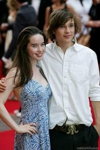 Did william moseley dating anna popplewell
